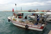 KUMKUYU - Akdeniz'de Kuvvetli Rüzgar