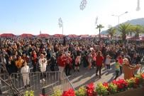 Alanya'da Noel Pazarı 10'Uncu Yılını Kutladı