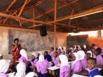 ORTAÖĞRETİM - TİKA'nın Desteğiyle Ugandalı Öğrenciler Yeni Sınıflarına Kavuştu