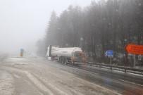 ELMALıK - Bolu Dağı'nda Kar Yağışı Etkili Oluyor