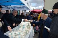 Dursunbey'de Vatandaşlara Ücretsiz Bez Torba Dağıtıldı