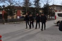 KAR MASKESİ - Petrol İstasyonu Gaspçısı Yakayı Ele Verdi