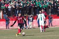 UŞAKSPOR - TFF 2. Lig Açıklaması UTAŞ Uşakspor Açıklaması 0 - Sakaryaspor Açıklaması 0