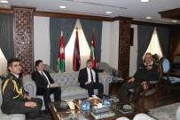 GENELKURMAY BAŞKANI - Ürdün Büyükelçisi Murat Karagöz, Ürdün Genelkurmay Başkanı Freihat'ı Ziyaret Etti