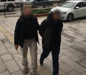DAVUTLAR - 12 Yıl Hapisle Aranan Zanlı Saklandığı Evde Yakalandı