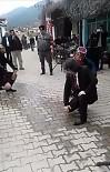 MEHMET BAYıNDıR - Bağımsız Aday Dr. Bayındır, 'Zeybek' Oynayarak Oy İstedi