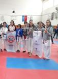 EMRE BAYRAM - Bilnetli Sporcular Karatede Coştu