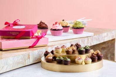 Godiva'dan Sevgililer Günü İçin 5 Çeşit 'Cupcake'' Çikolata