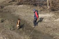 Kayıp Genci Arama Çalışmaları İçin Özel Köpek Getirildi
