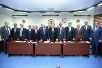 ASKERİ KIŞLA - Vali Pehlivan İl Genel Meclisi Şubat Ayı Toplantısına Katıldı