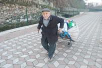 YAŞAM MÜCADELESİ - 75 Yaşındaki Dede Geçimini Plastik Toplayarak Sağlıyor