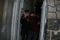 Adana'da Bir Kadını Sevgilisi Tabanca İle Vurdu