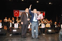 Atılgan'dan Evlenecek Gençlere Türkü Tavsiyesi