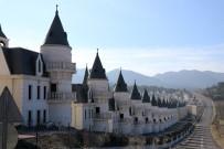 Bolu'daki Şato Tipi Evler Arap Yatırımcıların Kıskacında