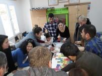 Burhaniye'de Öğretmenler İçin Zeka Oyunları Eğiticiliği Kursu Açıldı