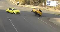 TRAFİK KURALI - Kaza Anları MOBESE'ye Yansıdı