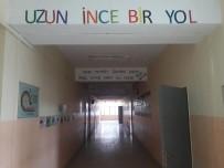 TÜRK DİLİ VE EDEBİYATI - Okul Koridoru 'Edebiyat Sokağı'na Dönüştü