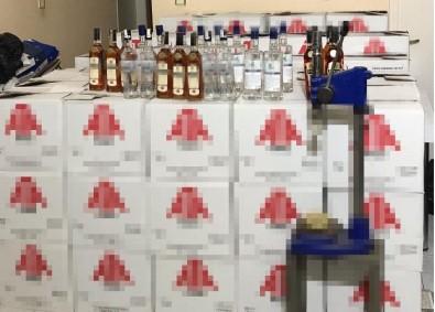 Pendik'te Sahte İçki İmalathanesine Baskın Açıklaması 4 Gözaltı