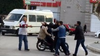 Adana'da Yaya Geçidi Kavgası