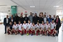 BANDIRMASPOR - Bandırmaspor'un Futbolcuları Öğrencilerle Buluştu