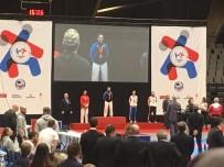MILLI TAKıM - Kağıtsporlu Karateciler Avrupa'dan Bir Altın Bir Gümüş İle Döndü