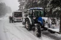 (Özel) Kar Yolları Kapattı, Kazdağları'nda Onlarca Araç Mahsur Kaldı