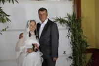 İKINCI BAHAR - 50 Yıl Sonra Sevgililer Günü'nde Gelinlik Giydiler
