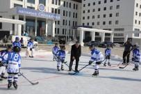 Ardahan Üniversitesinde, Buz Pisti Açıldı