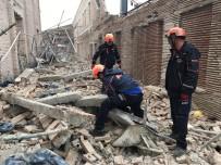 Müze İnşaatında Duvar Çöktü Açıklaması 1 Ölü, 6 Yaralı