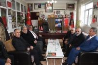 GARNİZON KOMUTANI - Vali Aykut Pekmez Şehit Ve Gaziler Derneği Yönetimiyle Bir Araya Geldi
