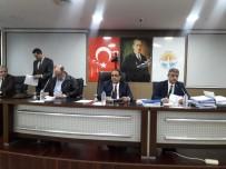 Adana'da 8 Mart'ta Belediye Otobüsü Ve Metro Kadın Ve Çocuklara Ücretsiz