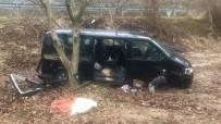 Cenaze Dönüşü Kaza Açıklaması 6 Yaralı