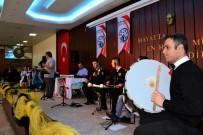 TıP FAKÜLTESI - DÜ'de Sağlık Çalışanlarından Sürpriz Moral Konseri