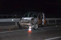 Kaza Yapan Araca Başka Otomobil Çarptı Açıklaması 6 Yaralı