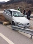 Kontrolden Çıkan Otomobil Refüje Daldı Açıklaması 2 Yaralı