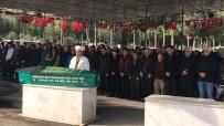 CİNAYET ZANLISI - Kübra Öğretmen Öğrencilerinin Gözyaşları Arasında Defnedildi