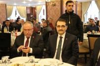 SAKARYA VALİSİ - Bakan Dönmez, Gaz Dağıtım Ve STK Temsilcileriyle Bir Araya Geldi
