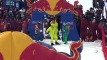 KAYAK MERKEZİ - Erciyes'te Red Bull Kar Havuzu Etkinliği