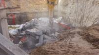 Göreme'de peribacaları bölgesindeki inşaat yıkıldı