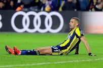 FENERBAHÇE - Spor Toto Süper Lig Açıklaması Fenerbahçe Açıklaması 1 - Atiker Konyaspor Açıklaması 1 (İlk Yarı)