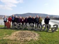 CHP'de Çatlak Ses İlçelere Sıçradı
