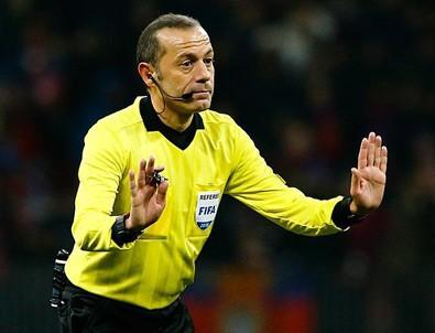 Lyon-Barcelona maçını yönetecek