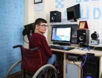 METİN ÖZKAN - Engelli Rapçinin Hayali Dizide Şarkı Söylemek