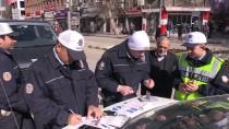 'Emniyet Kemeri' Takmayan Sürücülere Ceza