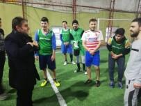 Her Açıdan - Gençlerin Halı Sahada 'Hakemlik Twit'ini Başkan Adayı Geri Çevirmedi