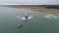 SAHİL GÜVENLİK - Karaya Oturan Gemi 2 Günlük Çalışma İle Kurtarıldı