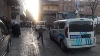 SÜLEYMAN ŞAH - Şanlıurfa'da Yol Verme Kavgası Açıklaması 10 Yaralı