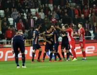 ARDA TURAN - Spor Toto Süper Lig Açıklaması Antalyaspor Açıklaması 0 - Medipol Başakşehir Açıklaması 1 (İlk Yarı)