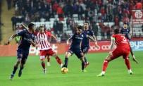 KALE ÇİZGİSİ - Başakşehir Antalya'dan 3 puanla döndü