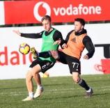 OĞUZHAN ÖZYAKUP - Beşiktaş, Derbi Hazırlıklarını Sürdürdü